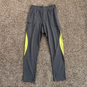 Men's Under Armour Fitted Pants - Medium
